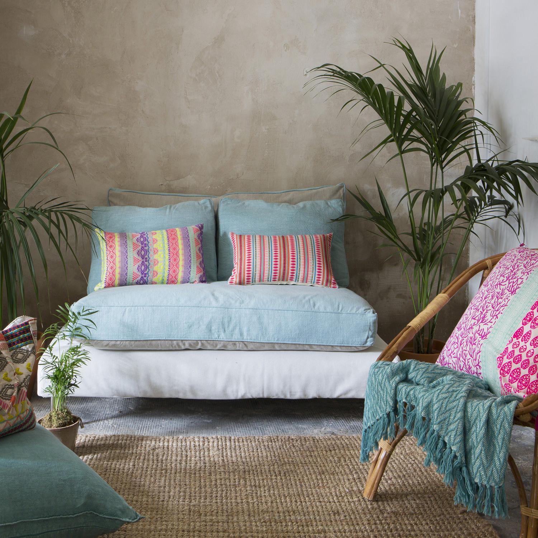 Loungeset van pallets: de creatieve trend voor de in de tuin
